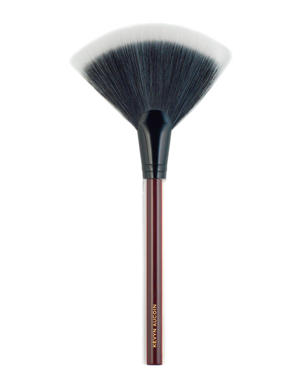 Kevyn Aucoin The Large Fan Brush Fan Brush Makeup Brushes Guide Large Fan