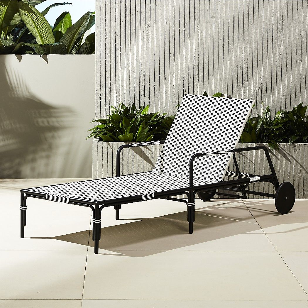 capriceloungershs17 1x1 outdoor space outdoor wicker chairs rh pinterest ch