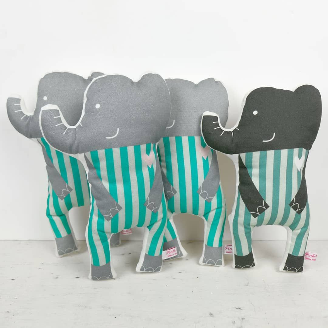An Elephant In The Room Play