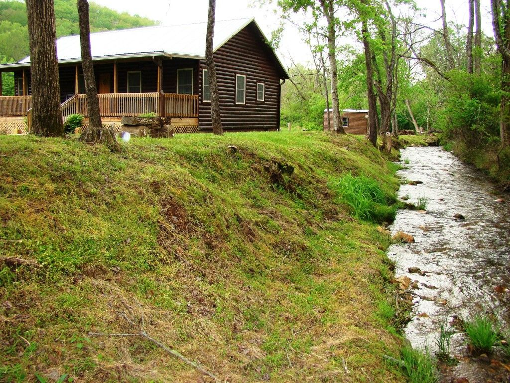 tn cabins acorn bg pigeon mountain cherokee cabin forge rentals gatlinburg smoky in
