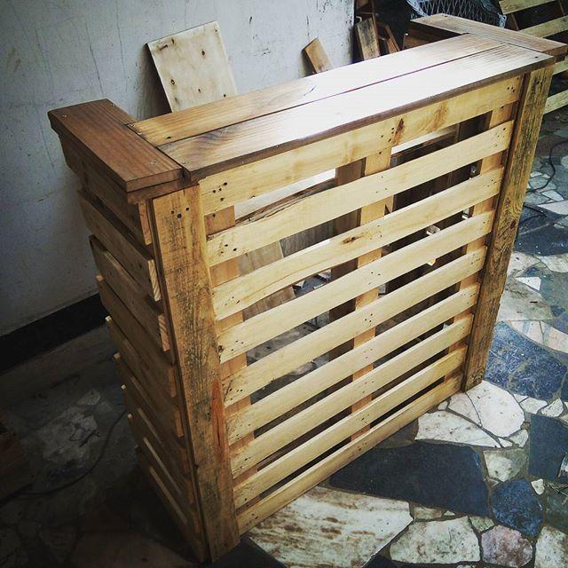 Barra rustica de madera reciclada palletfurniture - Reciclaje de la madera ...