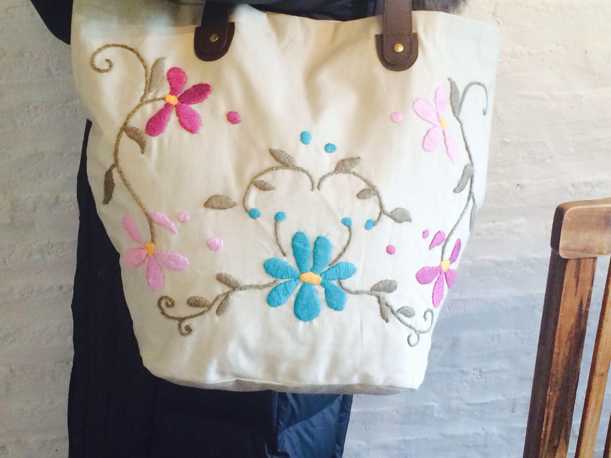 Bolso bordado   mexicano   Pinterest   Embroidery y Hand embroidery
