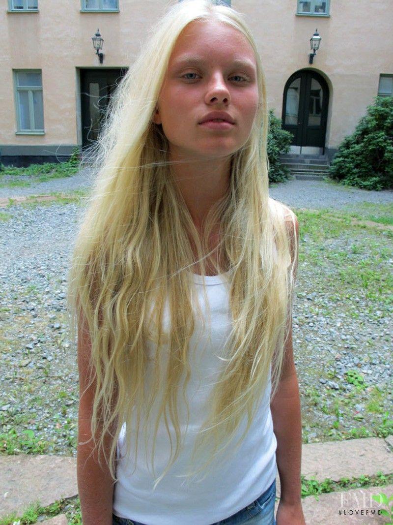 25543c8a0 Lovisa Ekholm | no makeup | Long hair styles, Hair styles, Fashion ...