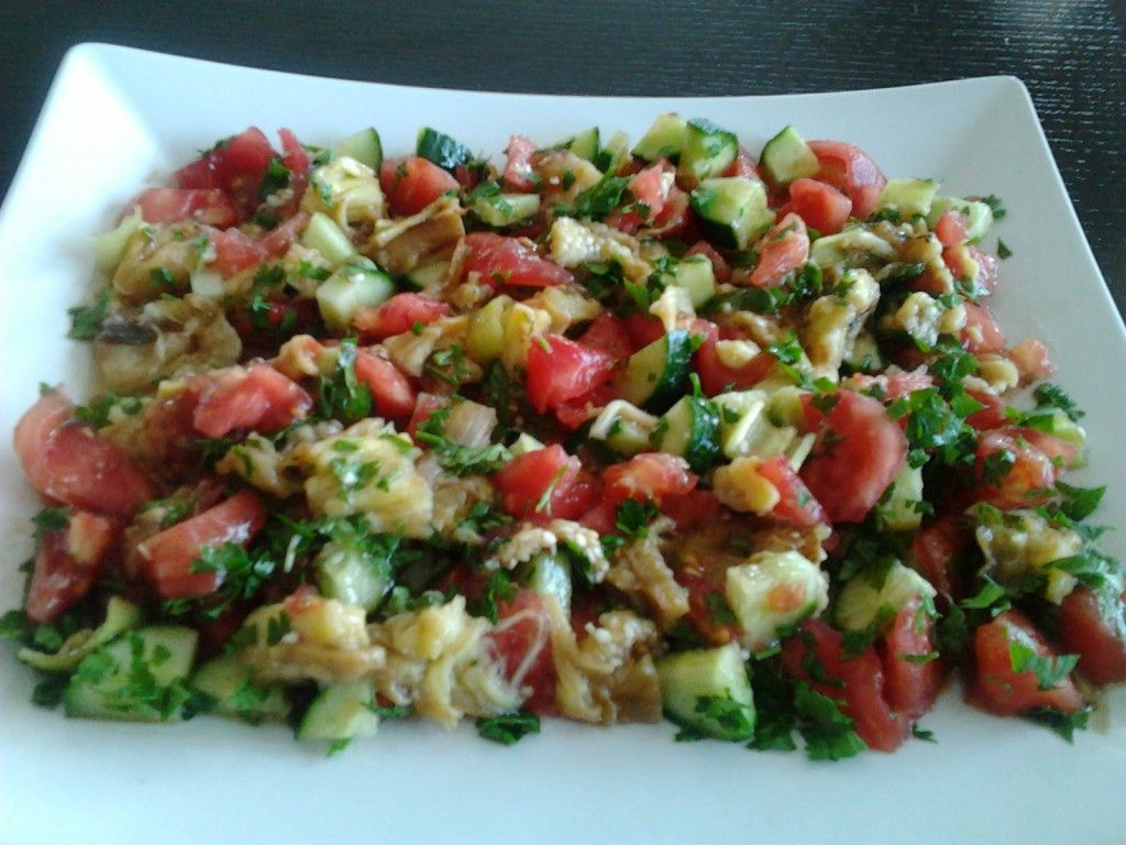 Aşama Aşama Soğan Salatası Nasıl Yapılır