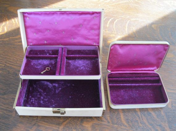 Set of 2 Jewelry Boxes with Key Farrington Texol by Yesterdayville