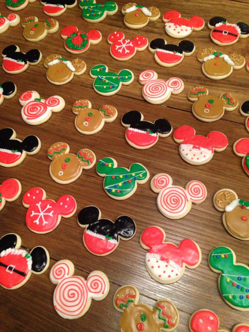 mickey mouse christmas cookies - Mickey Mouse Christmas Cookies