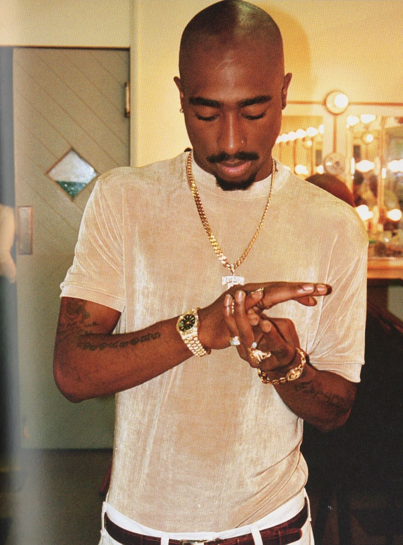 An introduction for a tupac shakur essay on his inpiration?