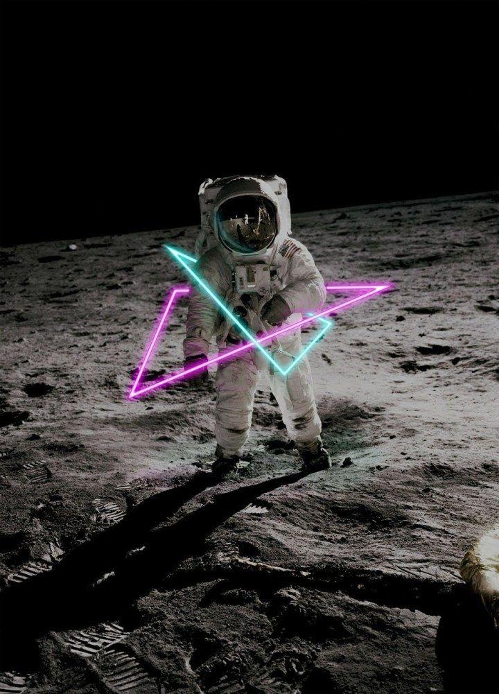 Astronaute Sur La Lune Voyage Onirique Fond D Ecran Astronaute Astronaute Espace Univers