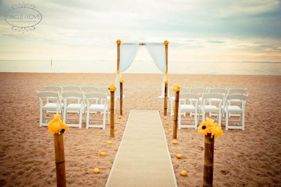 best beach wedding locations on budget%0A Beach Wedding Melbourne www circleofloveweddings com au