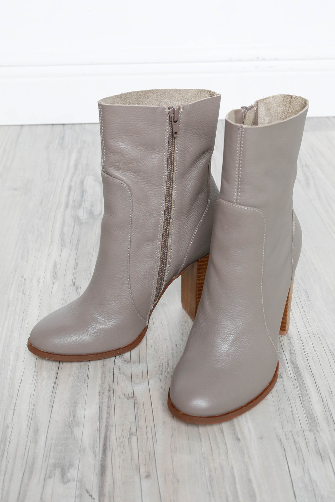CHINESE LAUNDRY Cool Kid Leather Boots