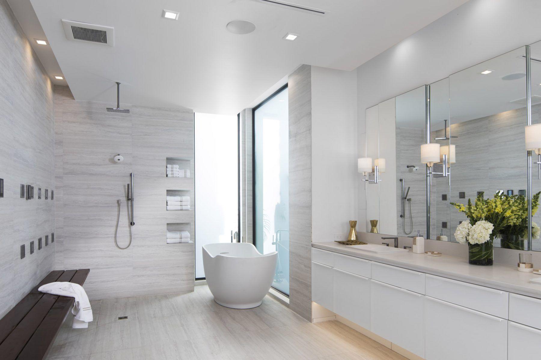 Modern style bathroom Phil Kean Designs and