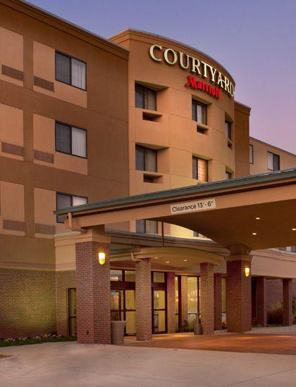 Courtyard By Marriott Hotels In Denton Tx Marriott Hotels