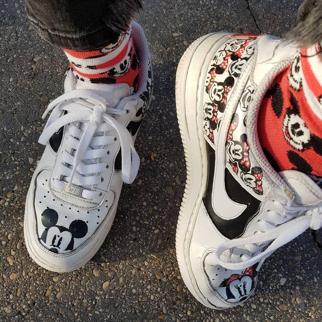 Nike Custom #disneyarts #dinsey #mickeymouse #minniemouse