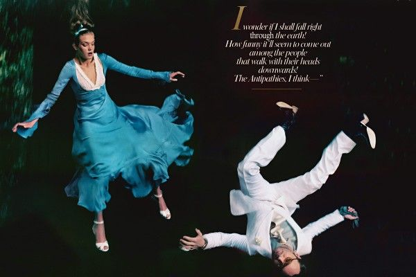 """Alice in Wonderland""  Natalia Vodianova (model) - Annie Leibovitz (photographer) - Grace Coddington (editor) - Vogue US December 2003"