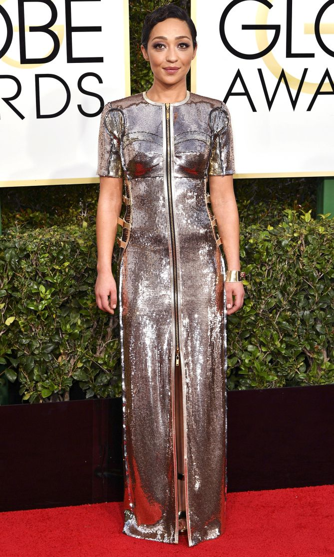 RUTH NEGGA in Louis Vuitton gown with a front zip and Fred Leighton x Gemfields ruby cuff - 2016 Golden Globes