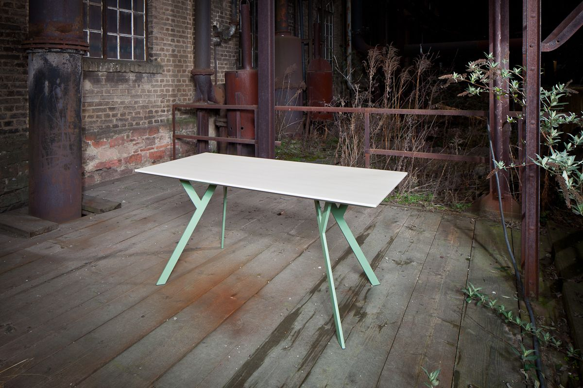The Typus Table Is An Office Desk For Any Occasion Office Desks  # Gebrauchte Muebles