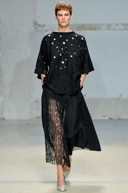 Damir Doma Spring 2014 Ready-to-Wear Collection Slideshow on Style.com