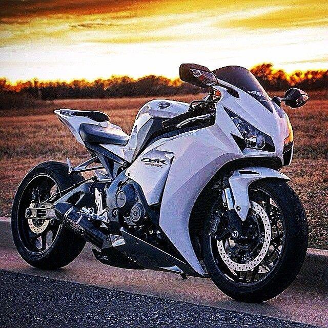Honda Cbr 1000rr Honda Rides Bikes Motorcycle Honda