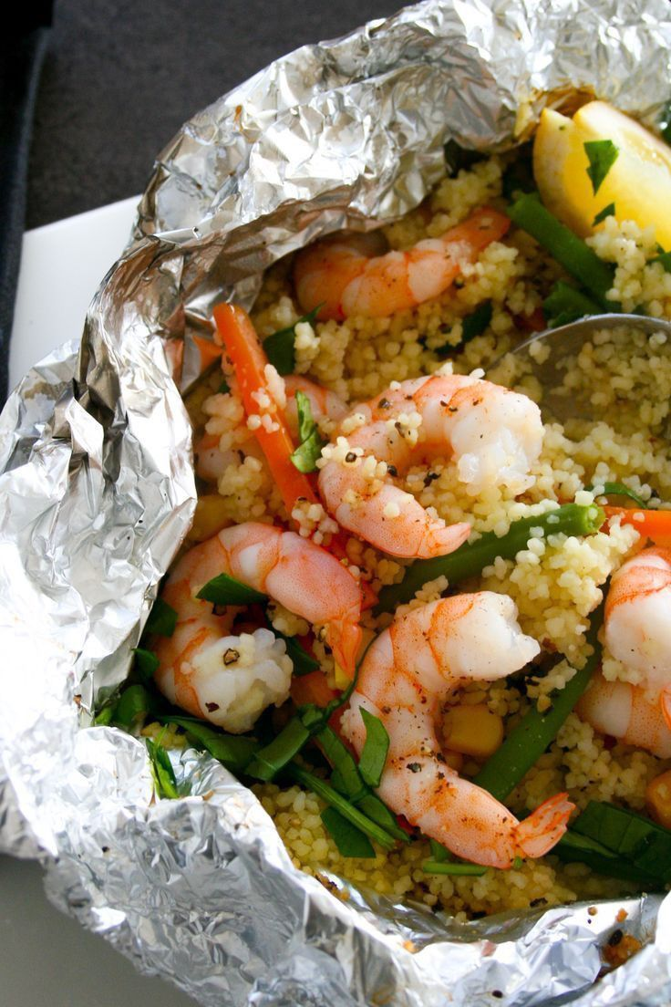 Lemon Garlic Shrimp & Vegetable Cous Cous Foil Packets #grilledshrimp