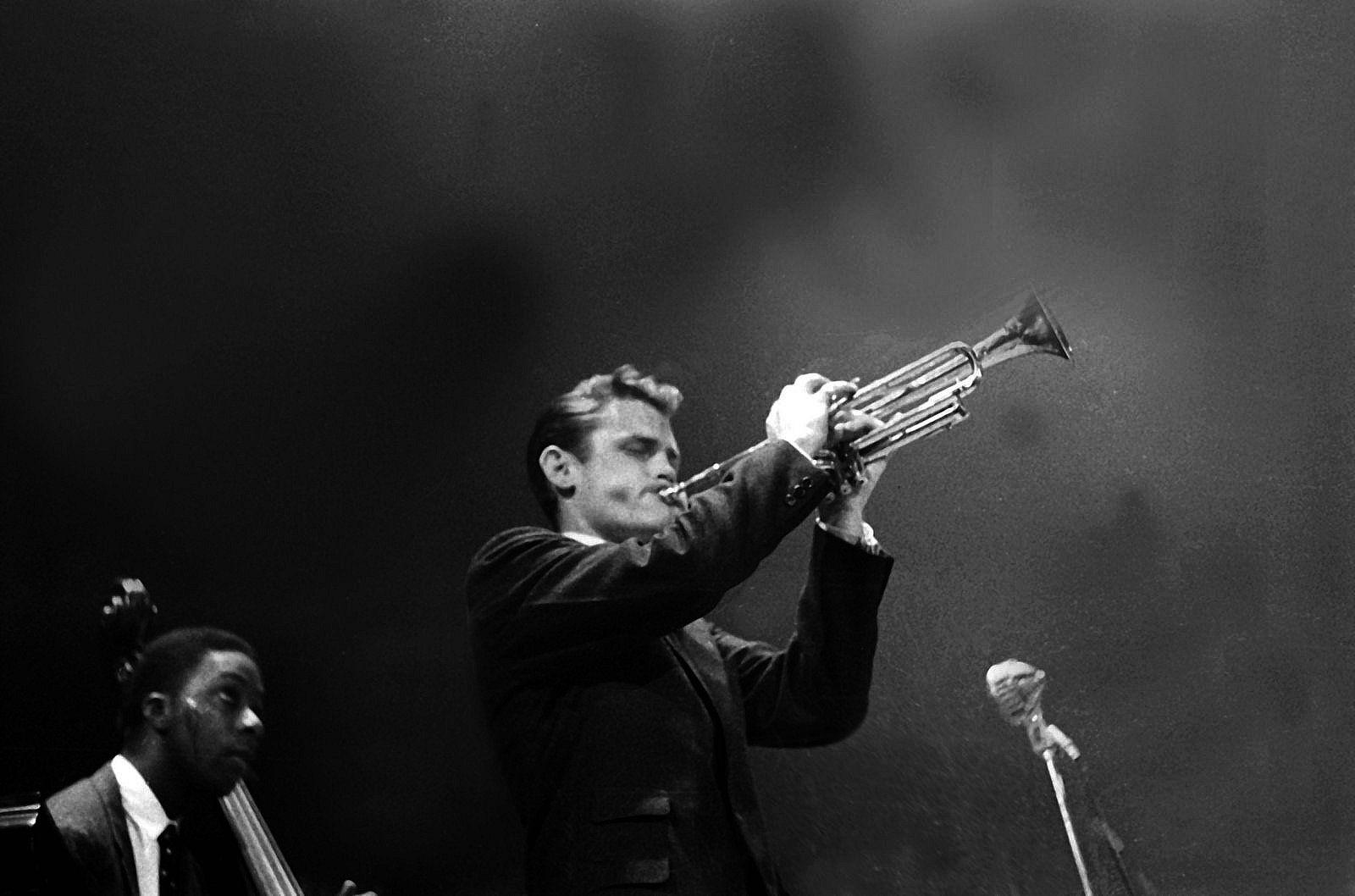 pin by haxl bgn on all that jazz chet baker cool jazz jazz trumpet rh pinterest com