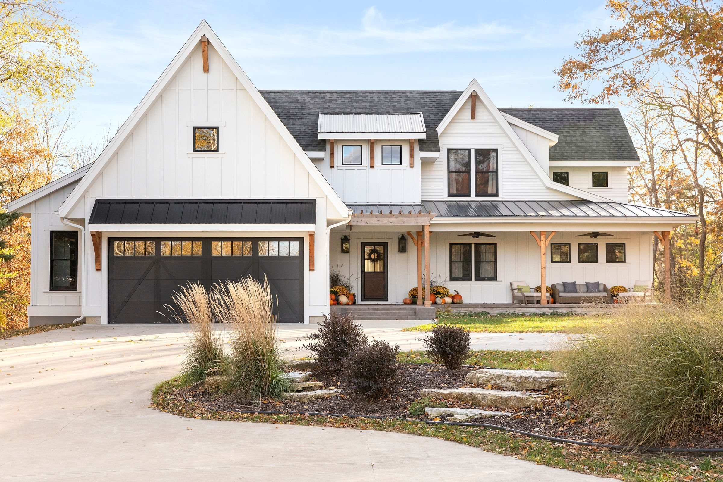 21++ Modern farmhouse with wood accents ideas in 2021