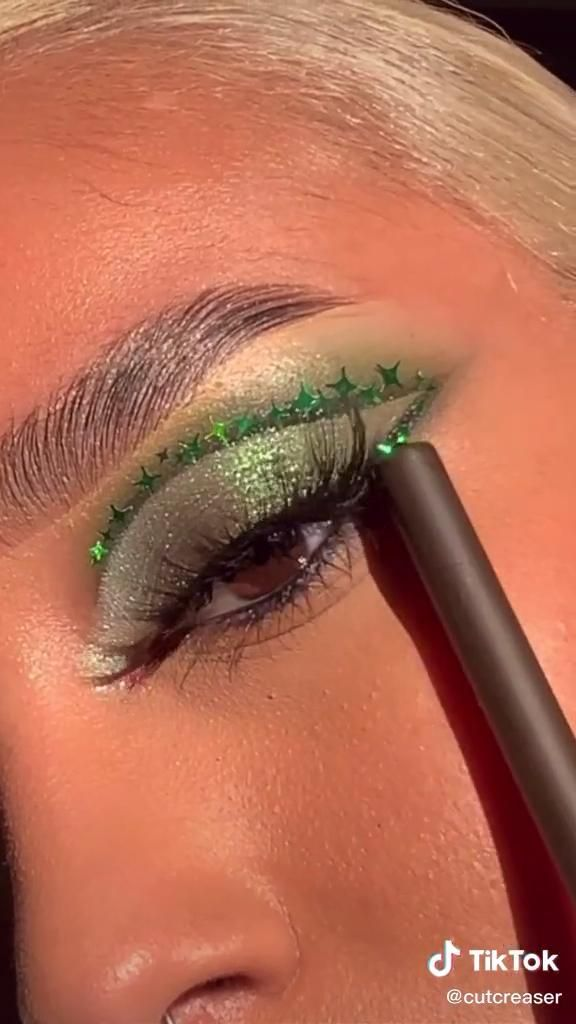 vanessa!(@cutcreaser) on TikTok: 🐍 an everyday makeup look for slytherins 💚