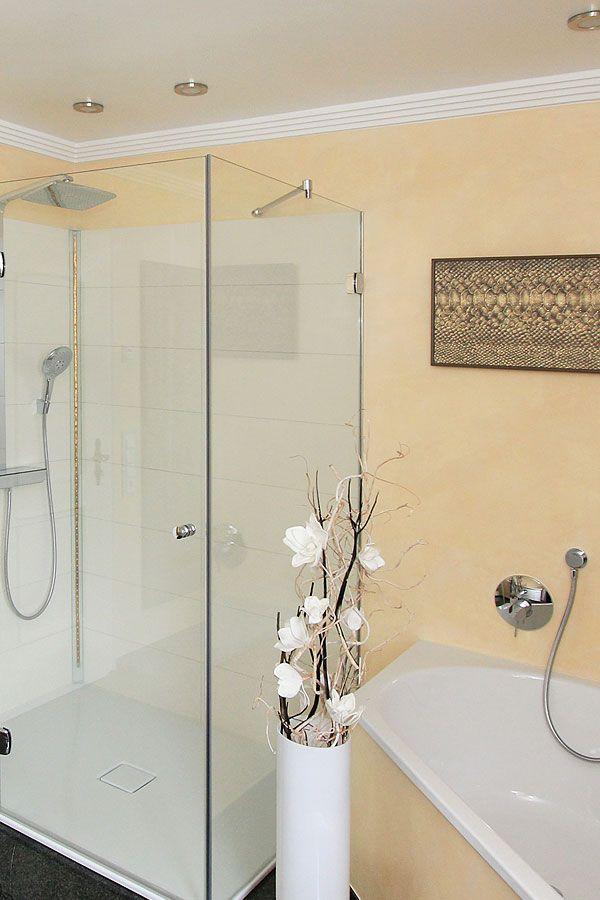 Modernes Badezimmer mit einer Kombination von Fliesen und - fliesen für badezimmer