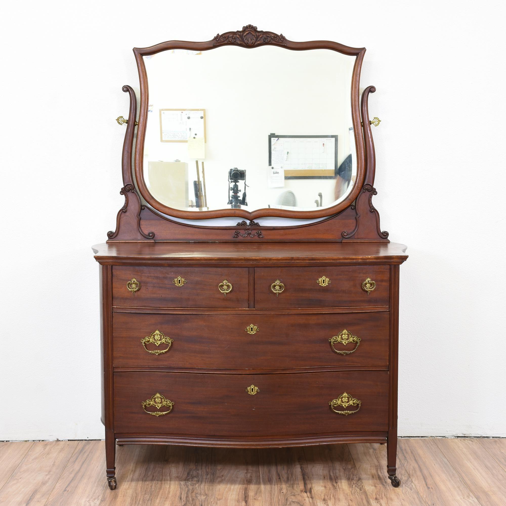 antique mahogany dresser with mirror bestdressers 2017. Black Bedroom Furniture Sets. Home Design Ideas