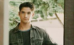 Scott McCall never thought he'd let a pregnant girl into his pack