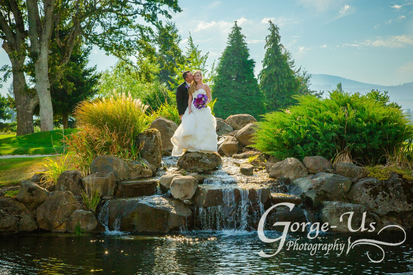 Wedding Photo Of Bride Groom On Waterfall Indian Creek Golf Course Hood River