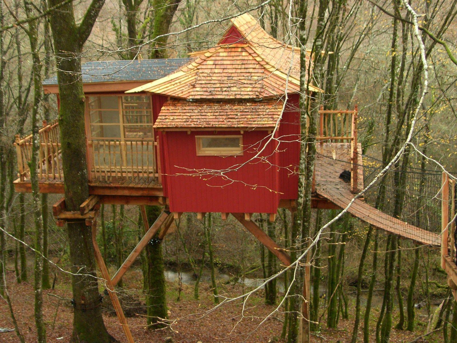 Home park design bilder tree house at les cabanes perchées périgord france  cabanes