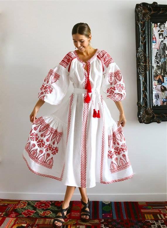 Pin de Riya en Fashion   Pinterest   Vestido bordado, Rusia y Bordado