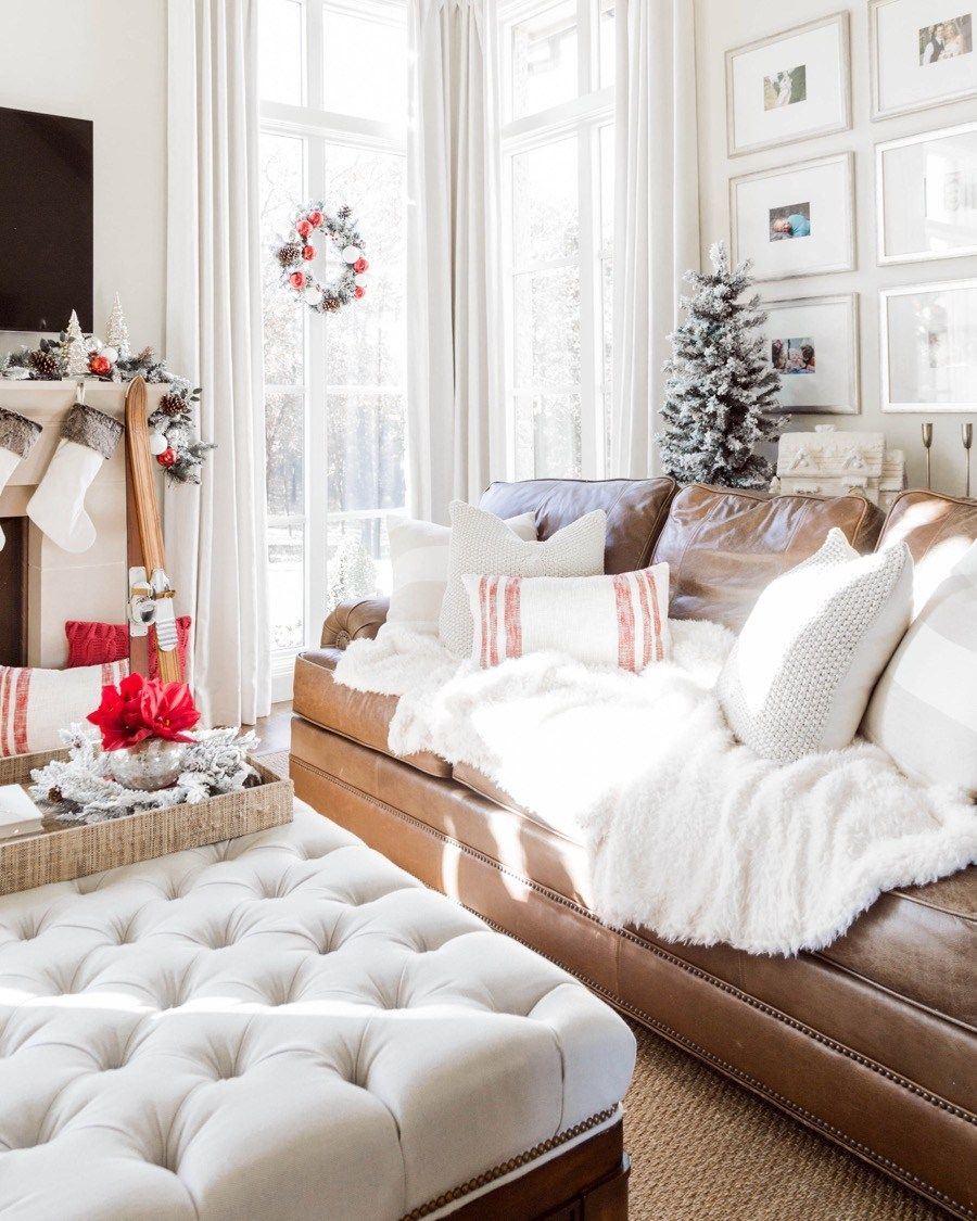 red and white christmas living room tour u2022dream house u2022 pinterest rh pinterest com
