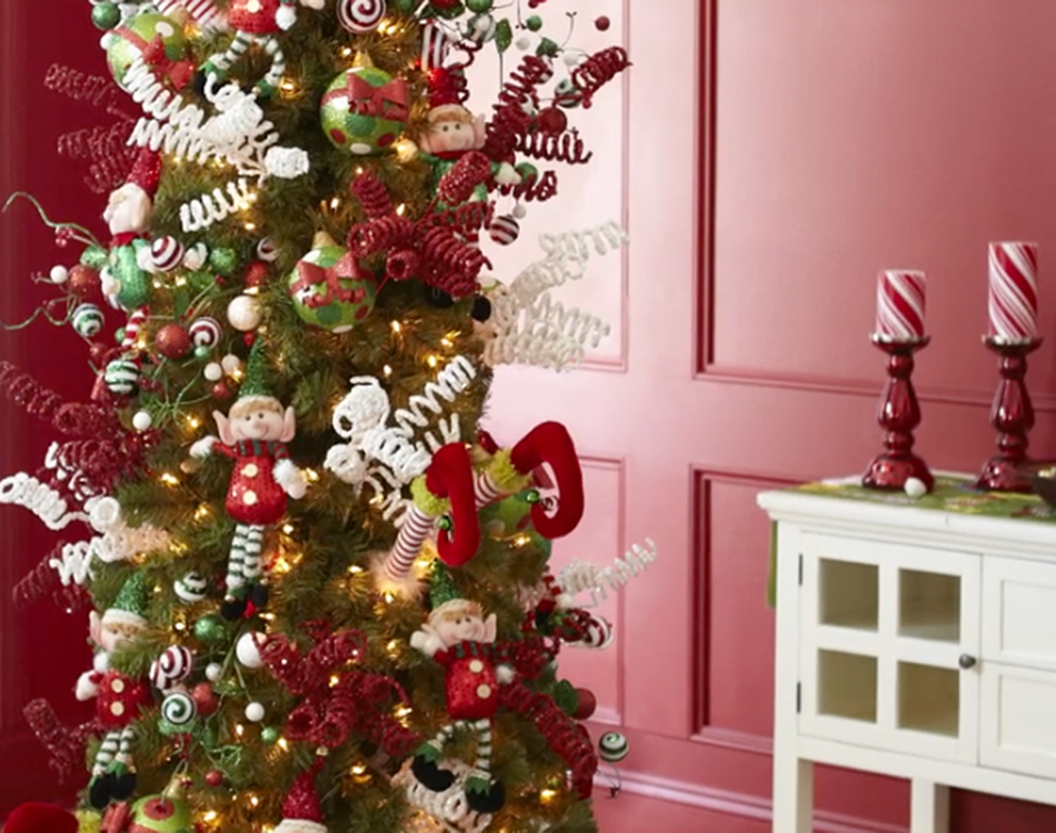 In Love With This Tree Decor!!!!!! See The Whimsical Side
