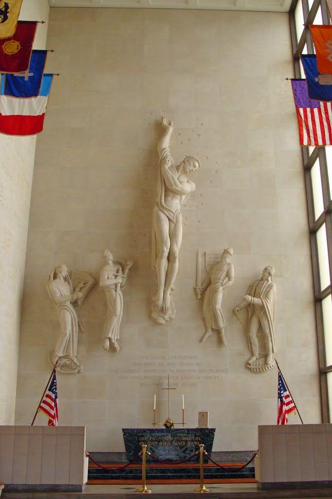 Photo Of Interieur De La Chapelle Du Memorial Du Cimetiere Militaire Americain De Lorraine Seconde Guerre Mondia Militaire Americain Guerre Mondiale Cimetiere