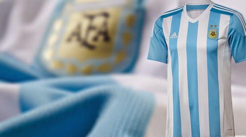 Nuevas camisetas de futbol 2014 2015 2016  Nueva camiseta de Argentina para  la Copa América de Chile 2015 f6922920fc448