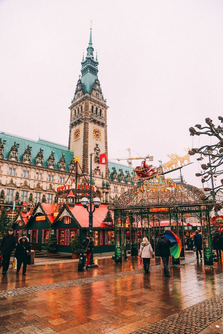 Christmas Market Fun In Hamburg, Germany…
