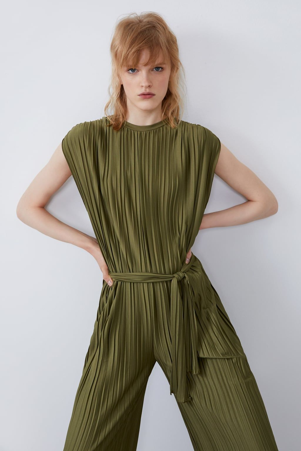 Pleated Jumpsuit Jumpsuits Woman Zara United States Overall Overall Damen Falten