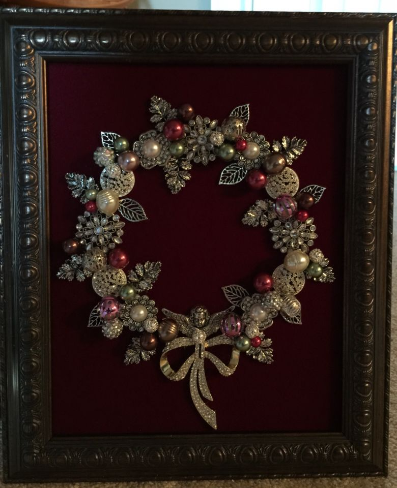 8x10 Silver And Red Wreath Made By B Turchi 2014
