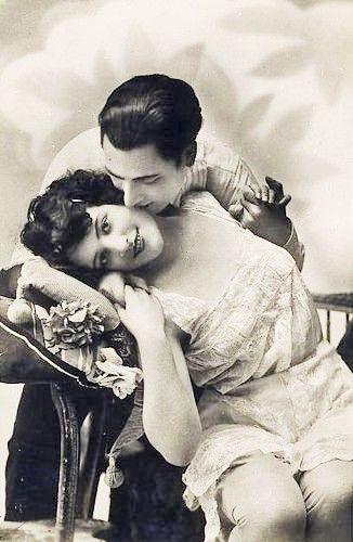 couples polyamoureux datant Comment guérir après la datation d'un narcissique