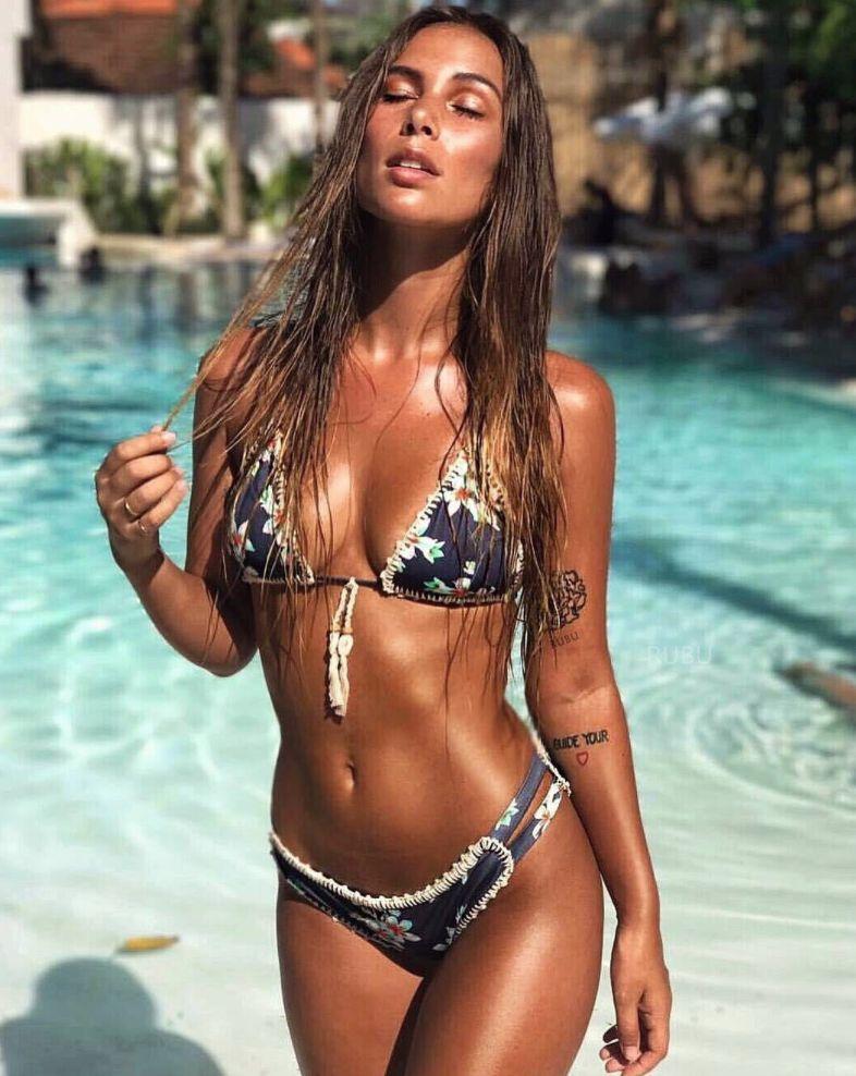 Lilly K Bikini En 2019 Bellezas Marinas Varias Trajes De