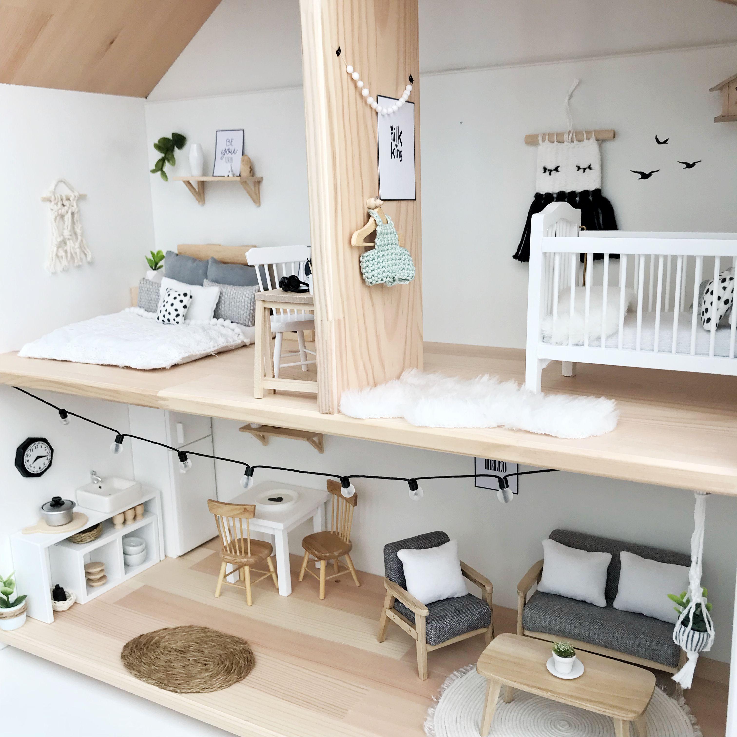 Moderne Puppenhausmöbel | Modulares Puppenhaus Möbliert Von Sirch ...