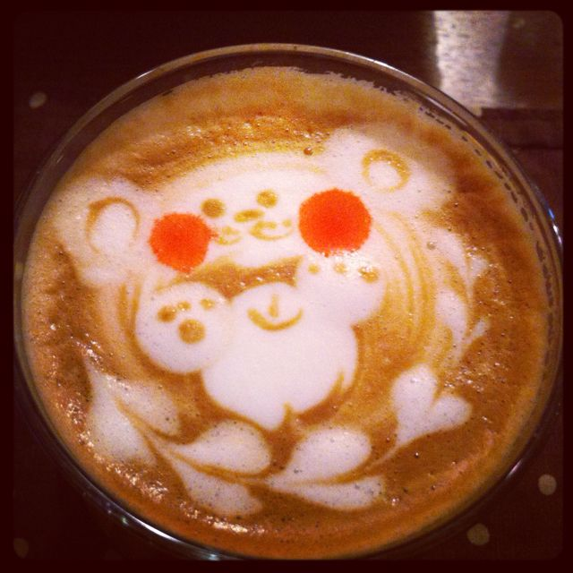 Strawberry Cafe Latte. Latte Art Is Amazing!!
