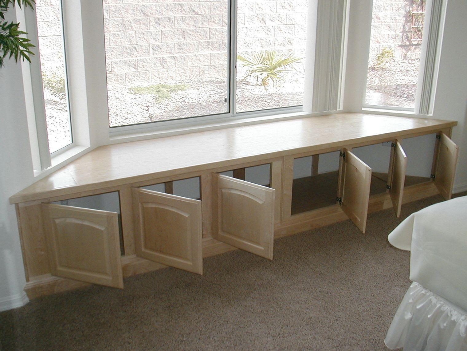 Bay Window Bench In Kitchen Home Design Ideas Window Seat