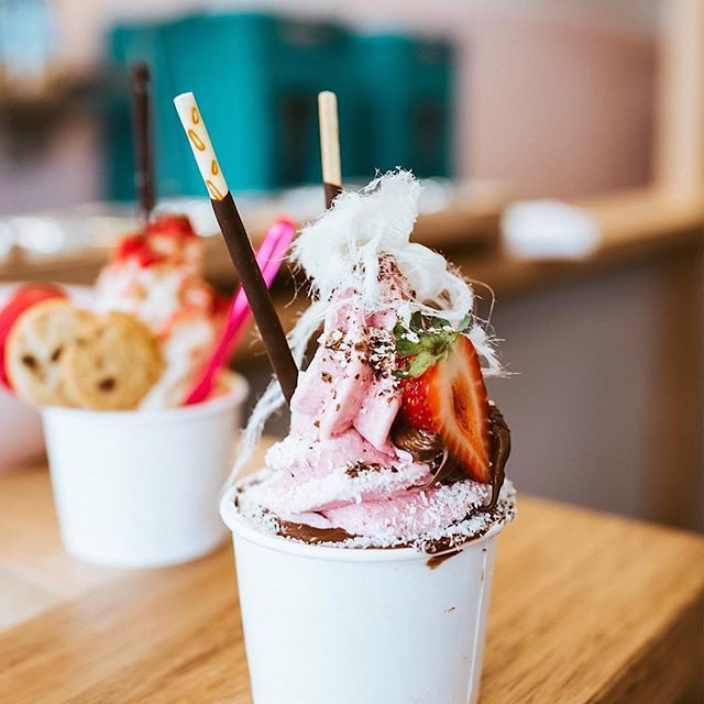 Hello Friyay It S Nearly The Weekend So It S A Good Reason To Head Out To Jaysyogurt S New Store Permanently Locat Frozen Yogurt Shop Frozen Yogurt Foodie