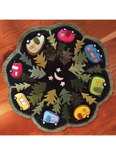 Campers Livin' the Dream Table Topper Pattern #feltedwoolcrafts