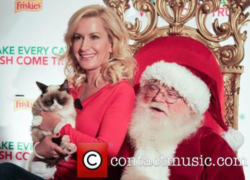 Angela Kinsey and Grumpy Cat visit Santa for Christmas 2013