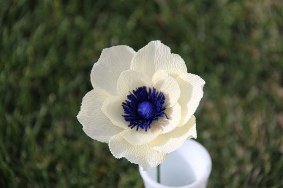 Cream Anemone Flower By Flowerbazaar On Etsy Anemone Flower White Anemone Flower Flowers