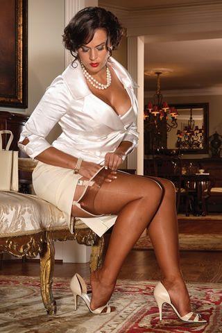 sexy latina coeds nude