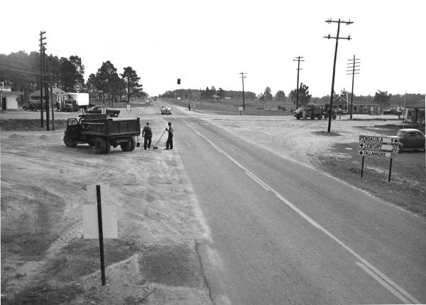 Nine Mile & Old Palafox Looking east on Nine Mile Road (intersection of Old  Palafox) - Palafox was still two lanes. CVS Pharmacy would now be at the  upper ...